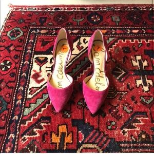 Sam Edelman fuchsia pumps